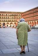 Durch tägliche Schmerzen wird der Alltag vieler Patientinnen mit rheumatoider...